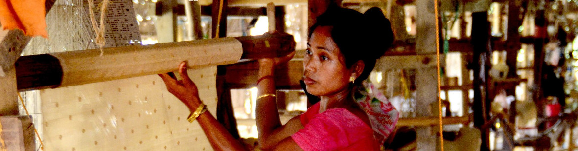 Sualkuchi Weaving - Muga Silk, Art and Craft in Assam